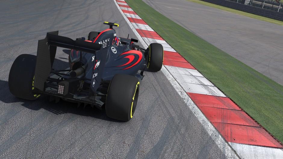 McLaren MP4-30 6